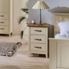 Shaker Style 3 Drawer Bedside Cabinets