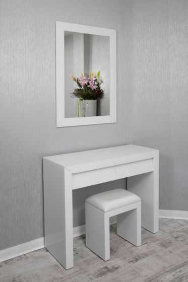 Alyeska White Glass 2 Drawer Dressing Table Set