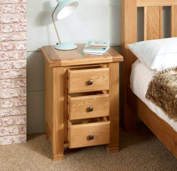 Oxfordshire 3 Drawer Bedside Cabinet