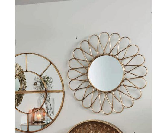 Antique Gold Metal Petal Frame Round Wall Mirror