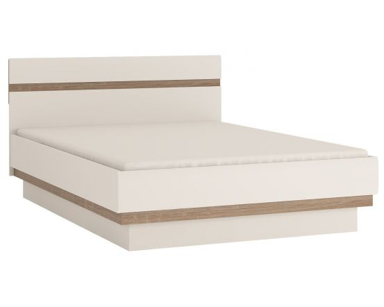 Chelsea King Size Bed In White Gloss With An Oak Trim