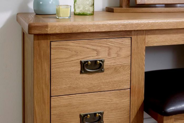 Guarlford Dressing Table With Mirror and Stool Set