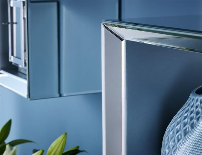 Turia Mirrored Floating Shelf